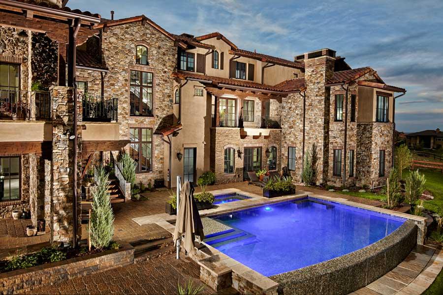 Beautiful exterior custom home design located in Fort Collins, Colorado