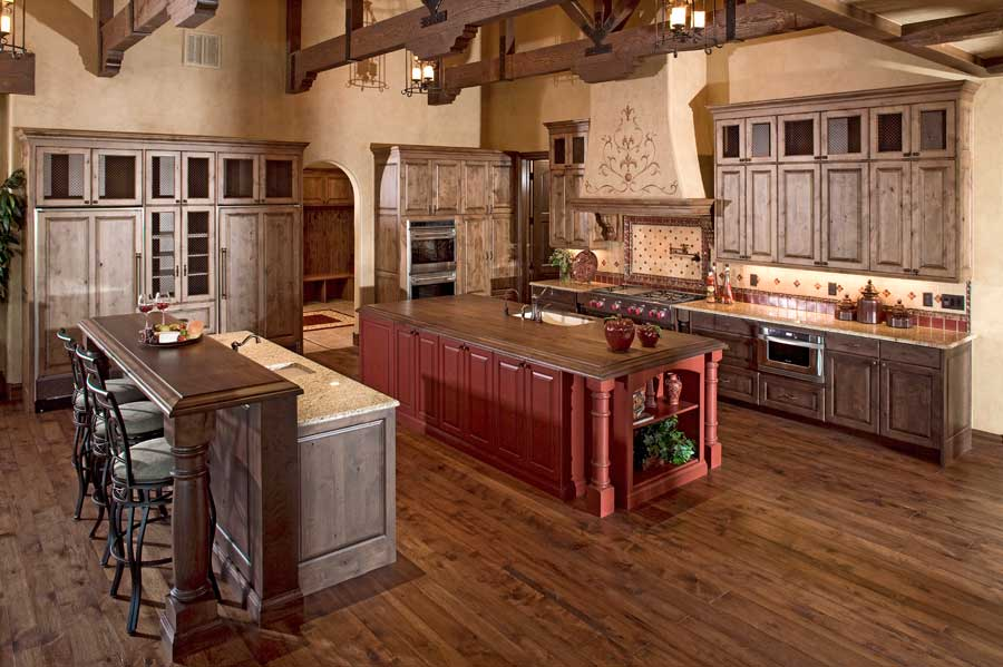 Fort Collins custom home kitchen built by Brannen Design & Construction