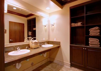Statesman-Restroom